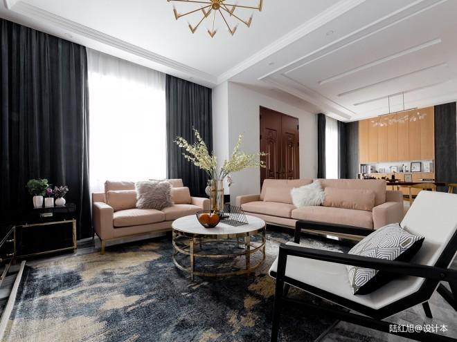现代自建别墅客厅沙发实景图