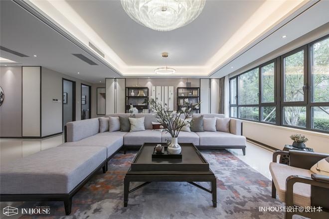 融创中新国际城精装样板间客厅沙发图