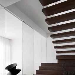 现代复式楼梯实景