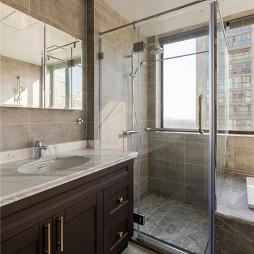 精致现代卫浴实景图片