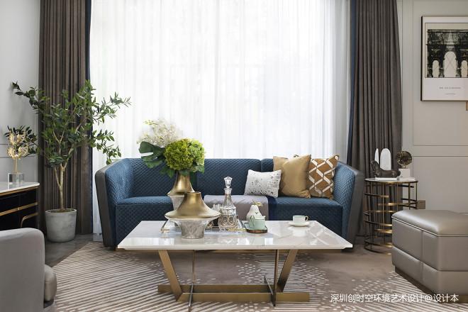 万科菁英荟别墅样板房客厅沙发图