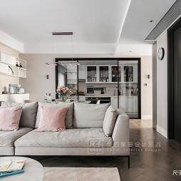 柔和系现代客厅沙发图
