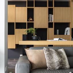 横 ·润现代四居书柜设计