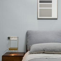 现代风复式卧室床头设计