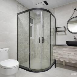 现代风复式卫浴设计图片