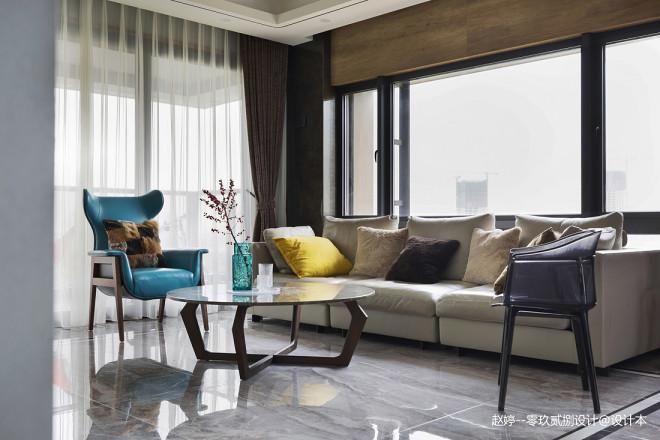 优雅现代风客厅沙发图片