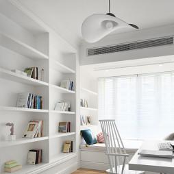 白色北欧风书房设计