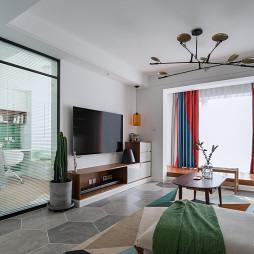 现代风二居客厅实景图片