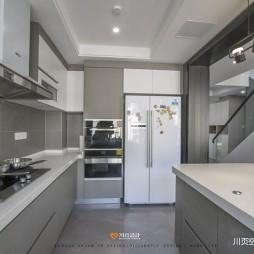 简约复式厨房设计