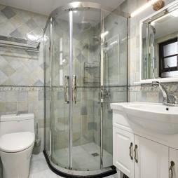简单美式风卫浴实景图片
