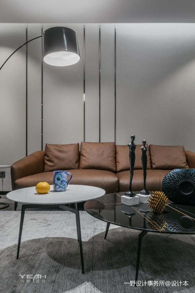 150㎡   现代简约客厅沙发设计