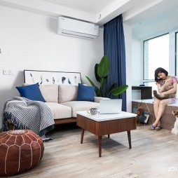 68㎡现代风二居客厅飘窗设计