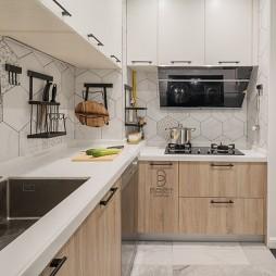 典型简洁北欧风厨房设计