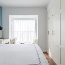 典型简洁北欧风卧室衣柜设计