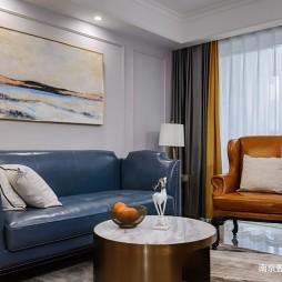 细致美式风客厅沙发图