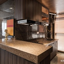 《58层的家》小户型现代厨房设计