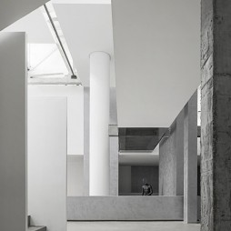 JACI·VELA复合买手店展示空间设计