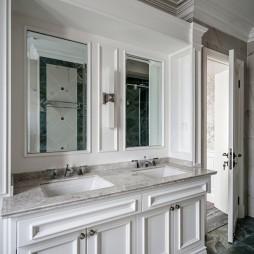 美式别墅卫浴洗手台设计图片