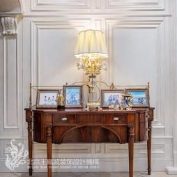 法式风格别墅玄关实景图
