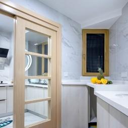 素雅现代风厨房设计