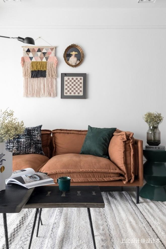 盐系风客厅沙发实景图片
