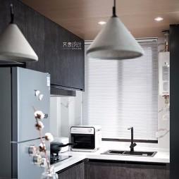 现代两居室厨房设计图