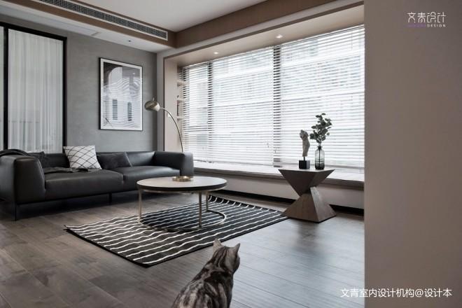 现代两居室客厅沙发图