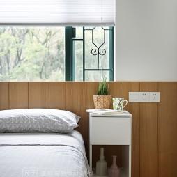 简约风卧室床头柜设计
