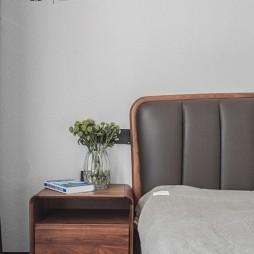 300㎡复式卧室实景图片