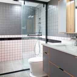 现代混搭卫浴实景图片