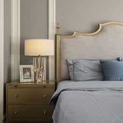 高雅混搭风卧室床头柜设计