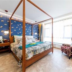木质简约主卧室实景图片