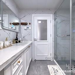 简单整洁美式卫浴实景图片