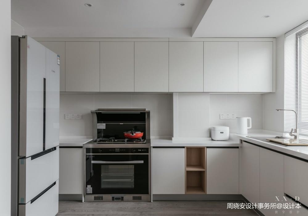 厨房墙面黑色的东西是什么