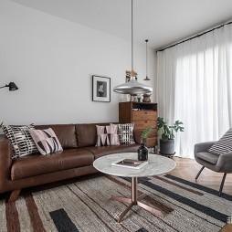 休閑北歐風客廳沙發圖片