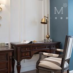 经典美式卧室书桌设计