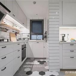 现代简约风厨房设计图片