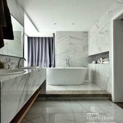 现代简约风卫浴设计图