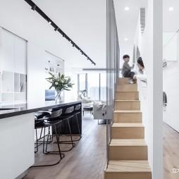 现代风客厅楼梯设计图