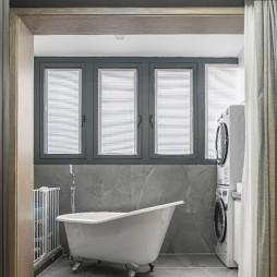 现代简约风浴室装修图