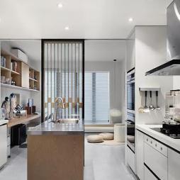 日式风格厨房图片