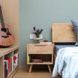 原木小屋—卧室图片