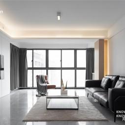 150平米现代简约:客厅图片