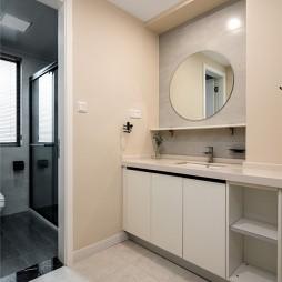 200平米现代简约——卫生间图片