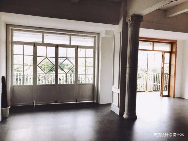 由旧厂房改造的婚纱摄影基地,浪漫满屋