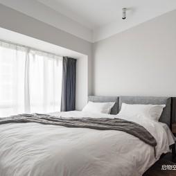 68平米现代简约——卧室图片