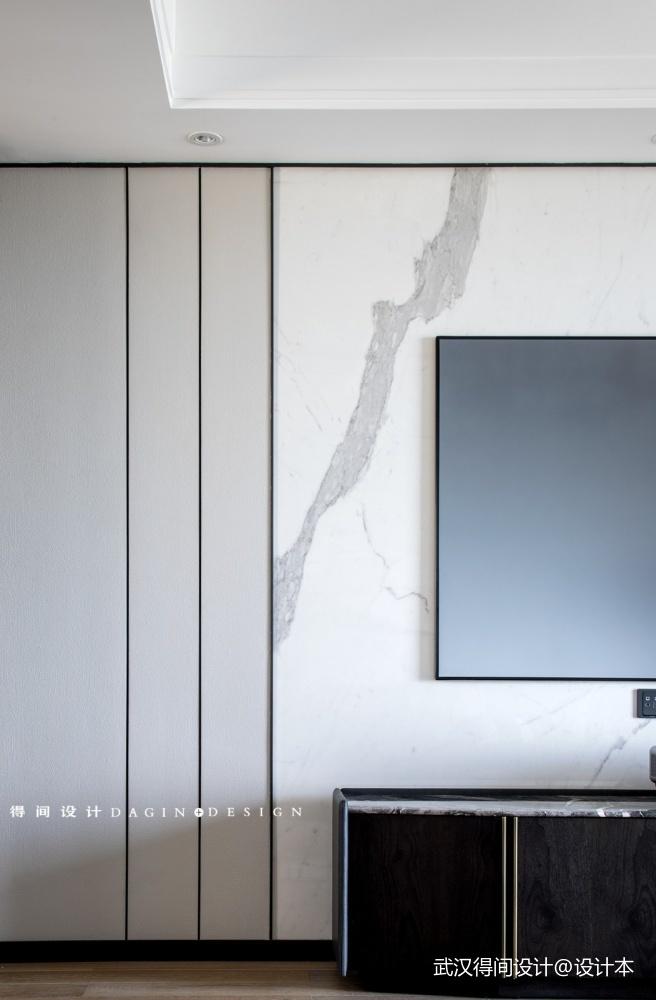 请问背景墙的黑线条是什么材质的?