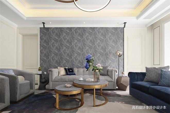 600平米复式住宅——客厅图片