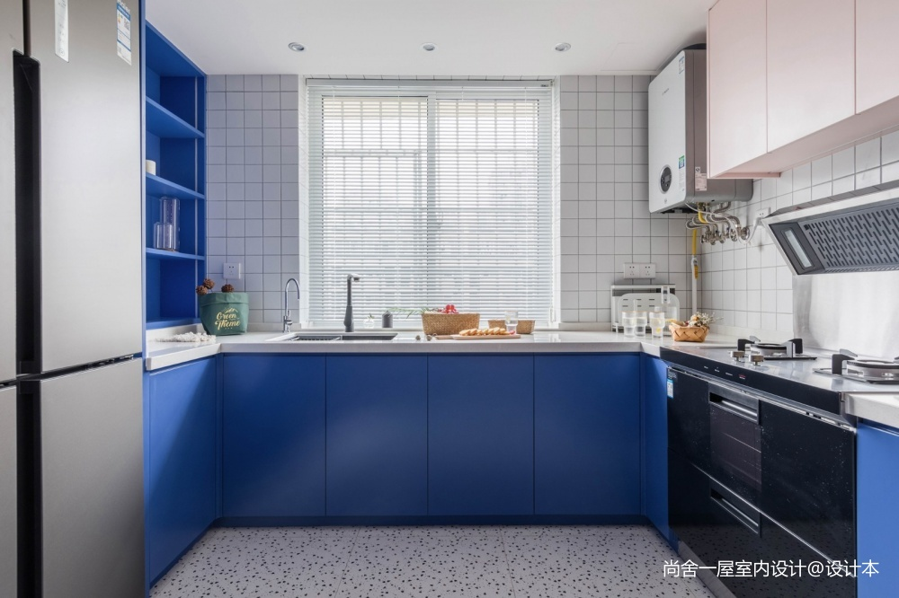 老破小變身時髦公寓——廚房圖片