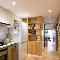 65平一居中式现代——厨房图片